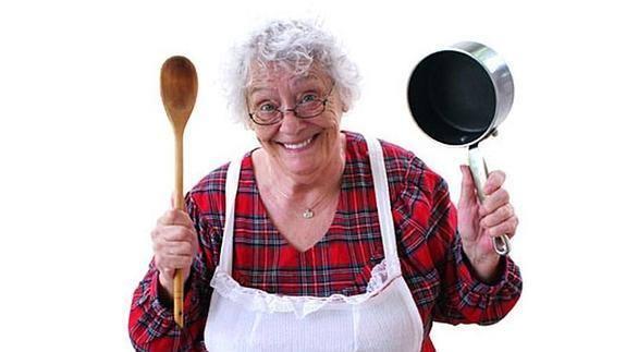 Resultado de imagen para abuela cocinando