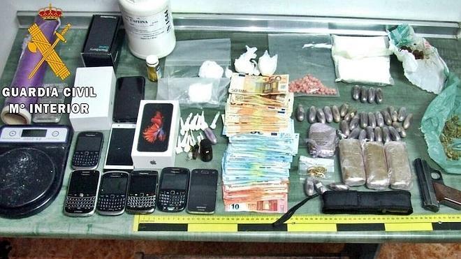 La Guardia Civil detiene a seis personas por tráfico de drogas y 28 robos