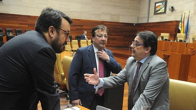 El SES plantea a Andalucía la compra centralizada de medicamentos