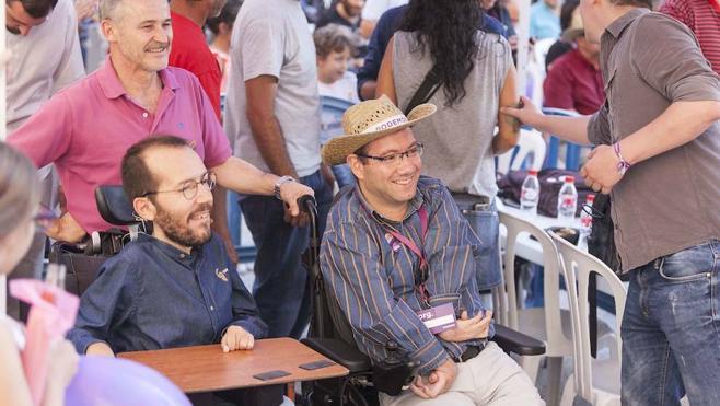 Echenique pide a Sánchez no escuchar a Vara e Ibarra y que descarte la coalición con el PP