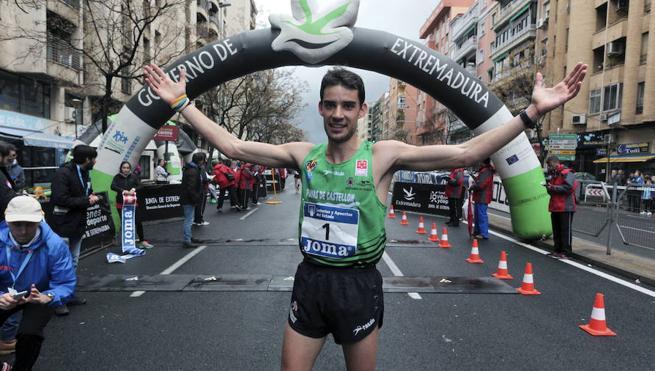 Álvaro Martín consigue una plata con sabor a oro en los 10.000 m marcha