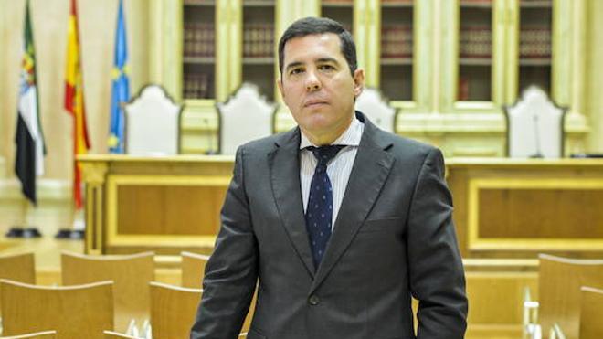 El TSJEx avala el cierre del Consultivo y rechaza el recurso de Pedro Nevado