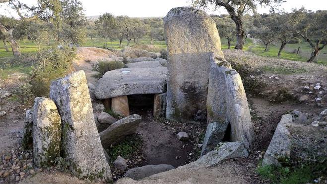 10 tesoros funerarios de Extremadura