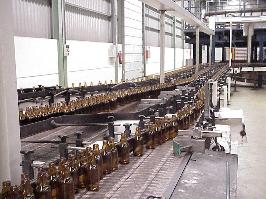 Ba vidrio adquiere varias f bricas de producci n de - Fabricas de cristal en espana ...