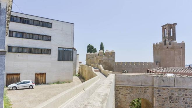 Amigos de Badajoz afirma que el derribo del Cubo demuestra que era una obra innecesaria