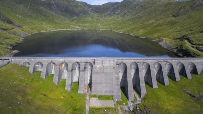 Escocia se fija en las renovables extremeñas