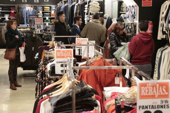 72f0c69fbbcc El aumento de las compras por internet frena las ventas en los ...