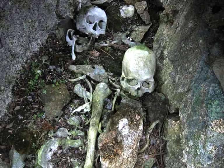 Explorando tumbas esquimales