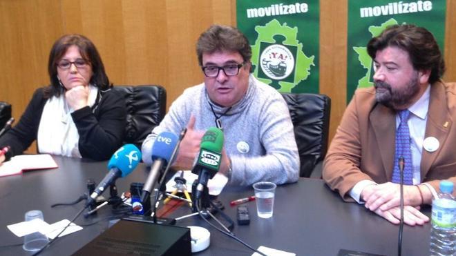 """Preguntas al ministro de Fomento: El AVE a Extremadura, """"¿verdad o tocomocho?"""""""