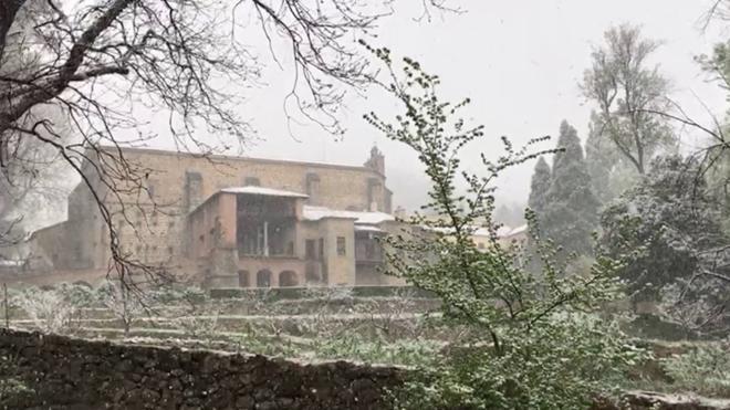 A Extremadura le encanta la nieve en primavera