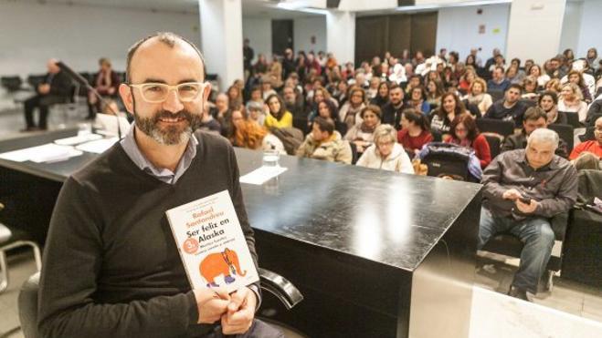 Rafael Santandreu llena otra vez Aula HOY