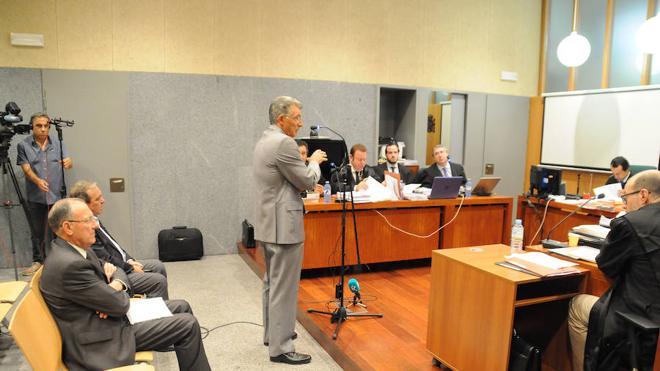 El fiscal rebaja la pena máxima por el caso Feval a 17 años y seis meses