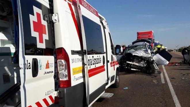 Una fallecida y un herido en una colisión cerca de Solana de los Barros