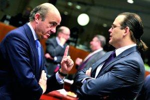 El rescate no despeja las dudas de que Grecia pueda cumplir el ajuste
