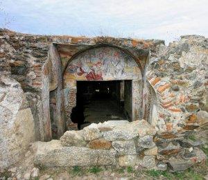 «Hay que salvar la ermita de San Jorge por sus pinturas al fresco»