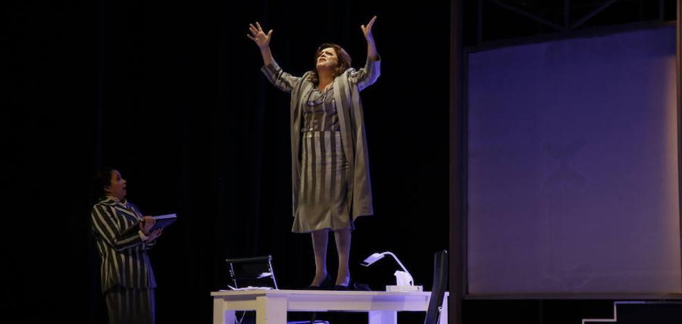 La Compañía Estampa Teatro representa la obra, «Homenaje Inesperado»
