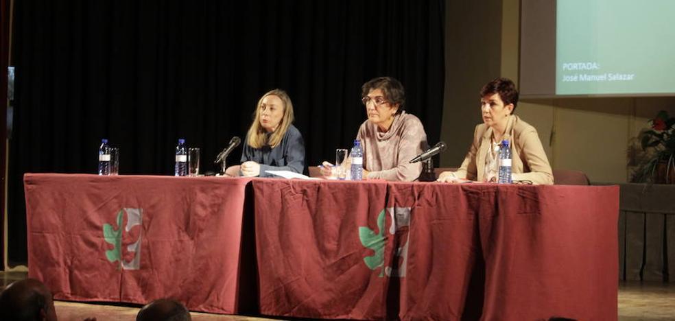 Emilia Oliva recibe el XX Premio García de la Huerta