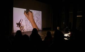Línea sensible lleva la danza y el dibujo al teatro