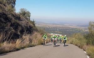 El Bicicletas Rodríguez-Extremadura se concentra antes de arrancar la temporada