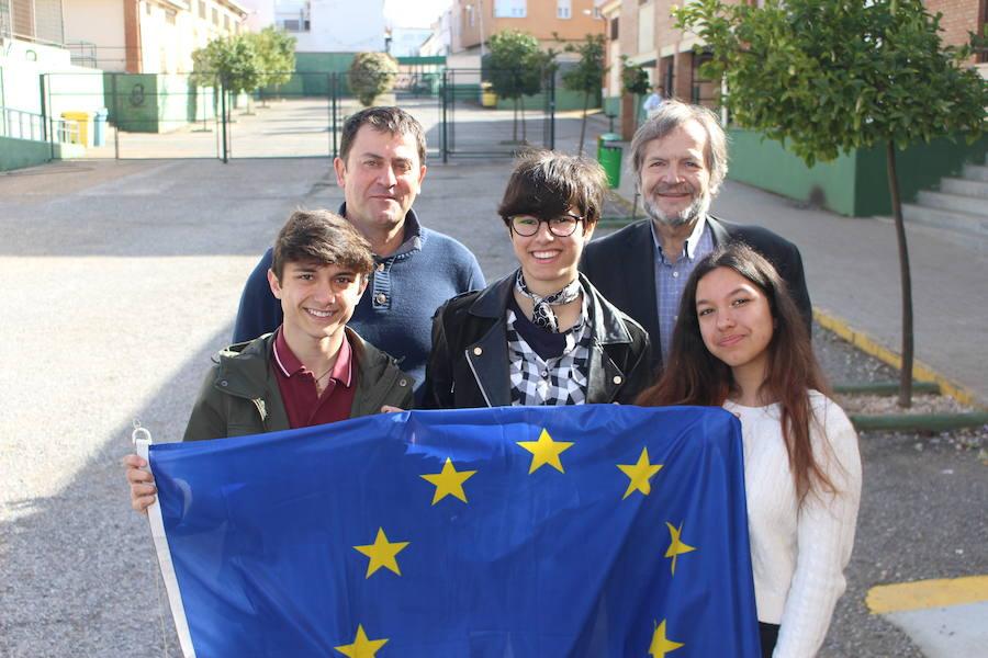 Alumnos del Suárez de Figueroa acuden a Bruselas para transmitir las ideas de su generación