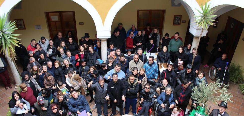 Los entierros de la Bellota y la Sardina despiden el Carnaval Zafrense