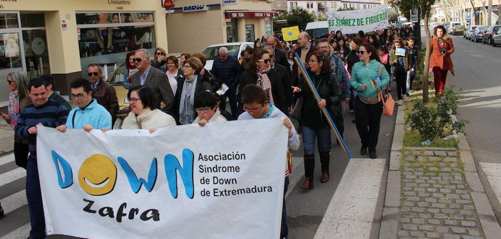 La XI Marcha de la Diversidad de Down Zafra se celebra el 21 de marzo