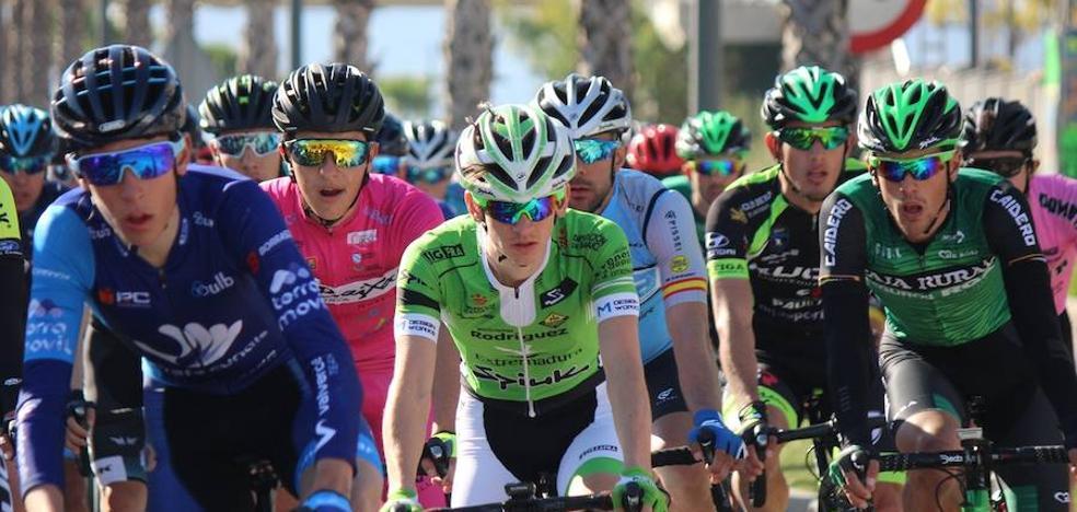 Exigente jornada para el Bicicletas Rodríguez-Extremadura en el Trofeo Guerrita