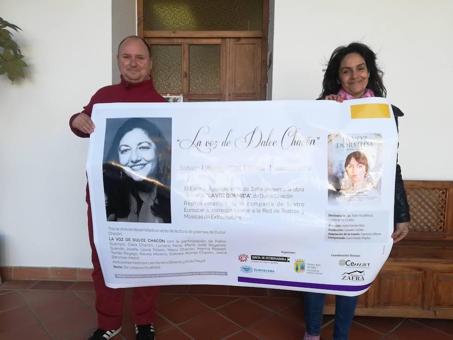 Zafra rinde homenaje a Dulce Chacón con «La voz dormida»