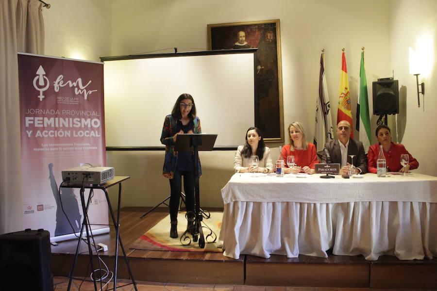 El Parador de Zafra acoge una jornada provincial de feminismo y acción local