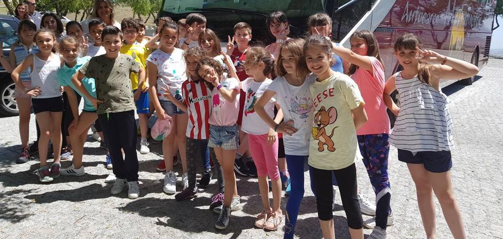 Los alumnos de quinto del colegio Manuel Marín compartieron un día de convivencia en Elvas