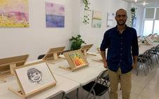 Manuel González cumple su sueño y defiende la creatividad en su nueva Escuela de Arte Inspira