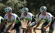 El Bicicletas Rodríguez Extremadura sigue compitiendo «al más alto nivel» en la Vuelta a Valencia