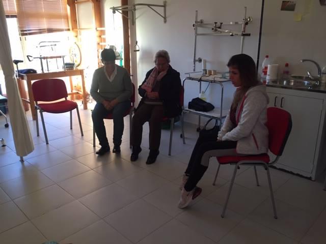 Un taller incentiva la movilidad en personas de entre 60 y 80 años