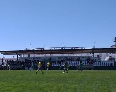 El CD Ilipense luchó sin suerte ante la UD Fuente de Cantos (0-2)