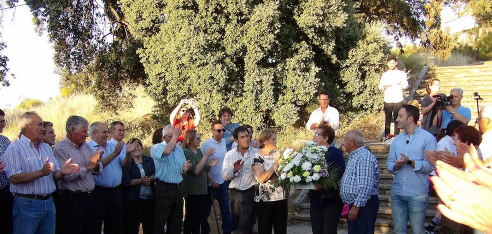 El tradicional homenaje a los colonos de Docenario inauguró la romería de San Isidro