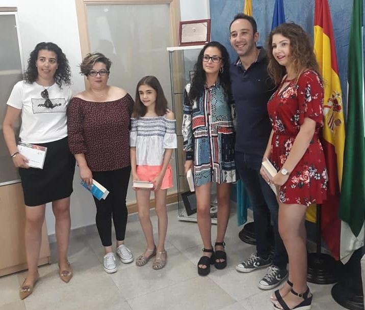 El alcalde recibió un año más a los alumnos con mejores expedientes de la localidad