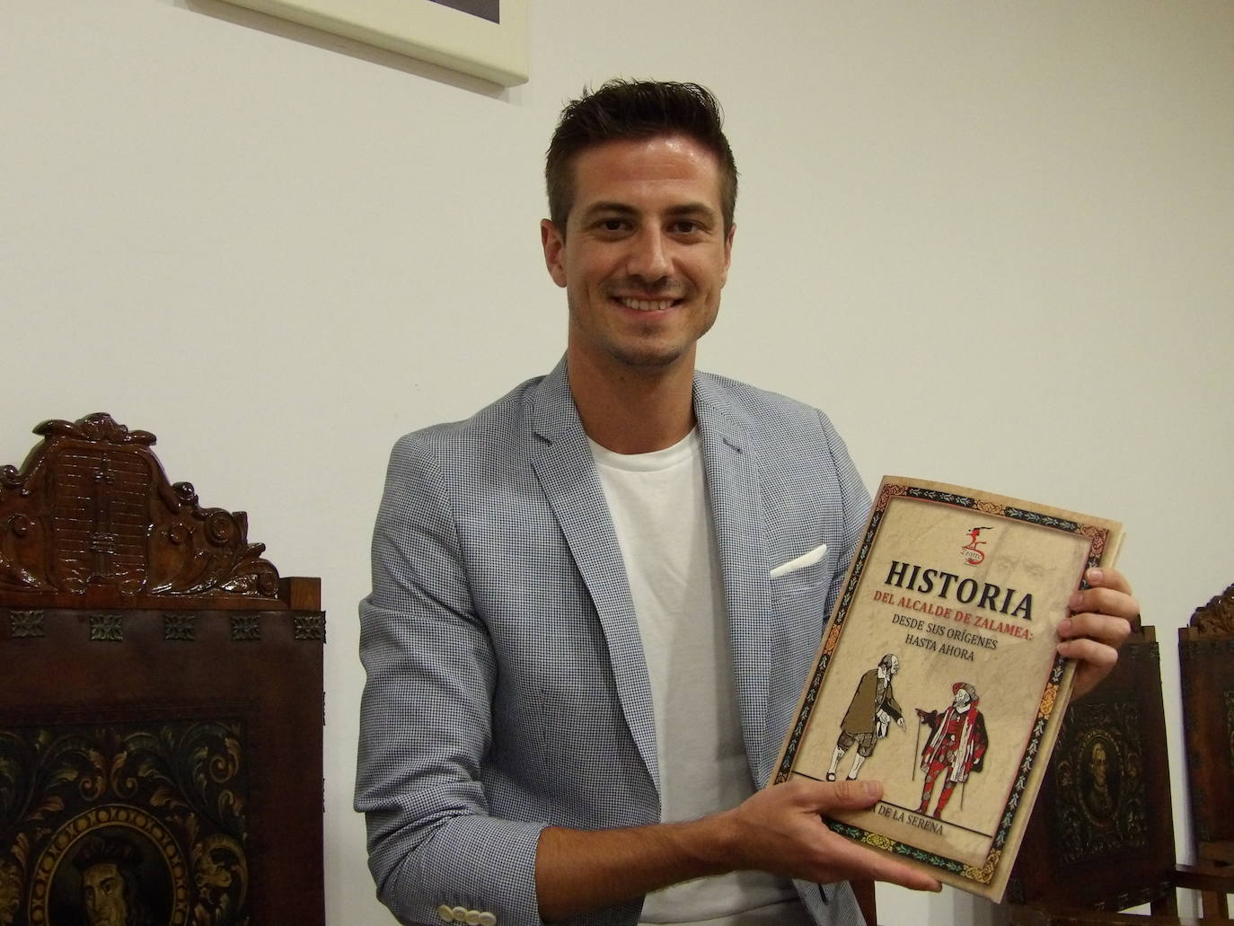 El libro 'Historia del alcalde de Zalamea, desde sus orígenes hasta ahora' ya está publicado