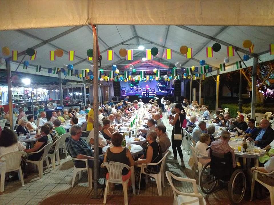 Ilipenses y visitantes disfrutaron de la Feria en honor al Cristo de la Quinta Angustia