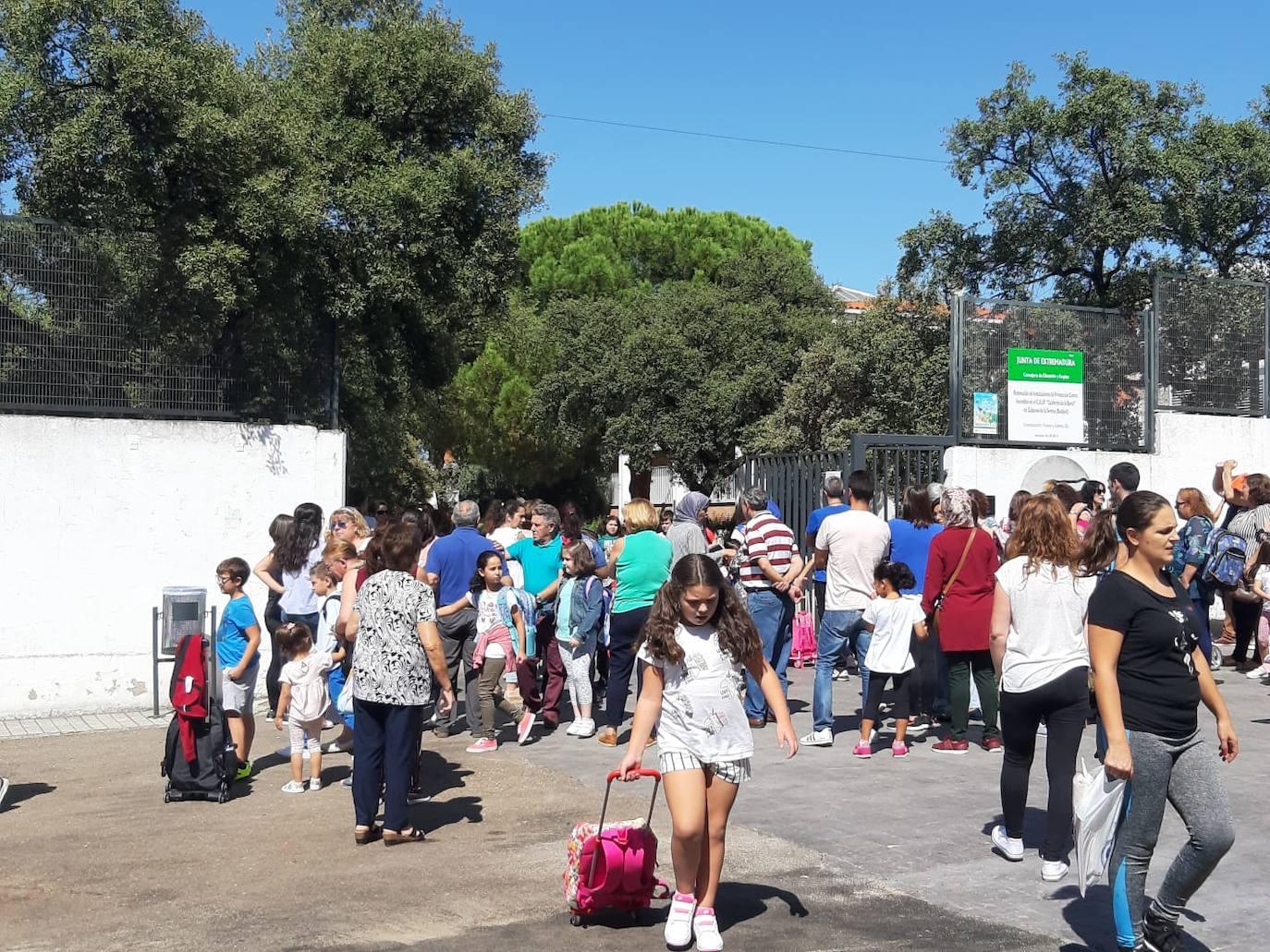 Vuelve la normalidad al CEIP Calderón de la Barca tras la feria